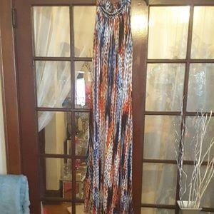Multicolor sleeveless maxi dress